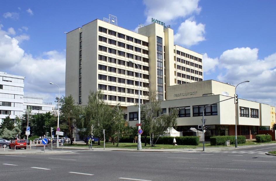 Ilf hotel