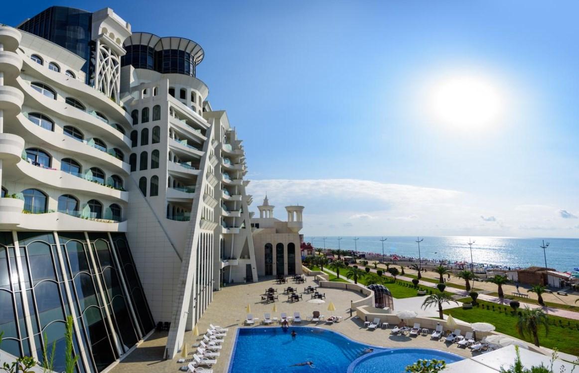 Grand gloria hotel